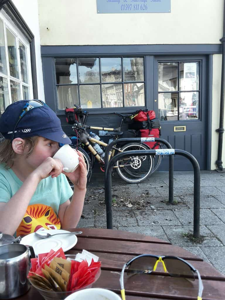 Snowdonia: Climbing Up, Riding Back 115
